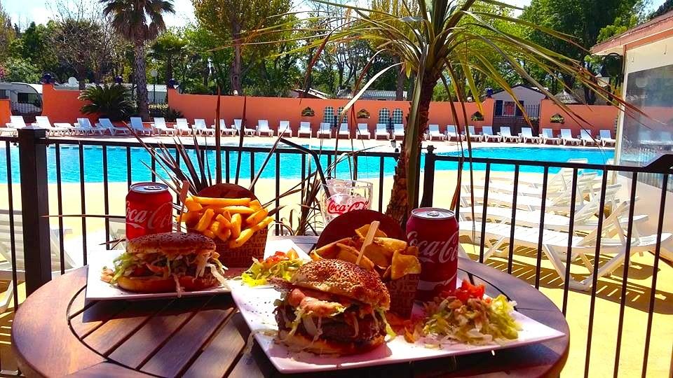 Burger Lagon Piscine